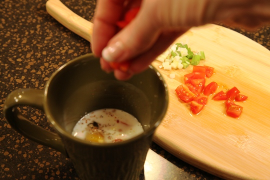 Assemble The Omelet In a Mug 1