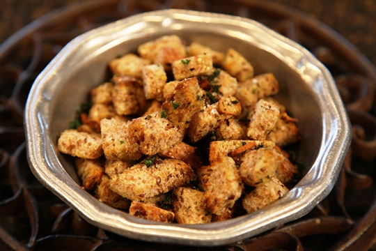 Make Homemade Croutons In the Skillet!